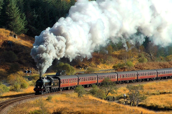 See The Jacobite Steam Train