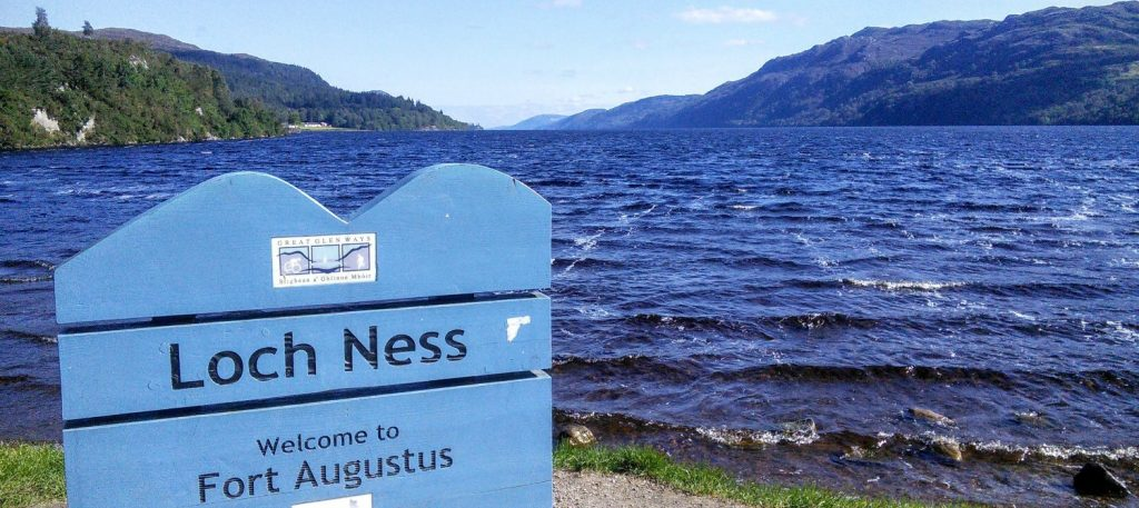 tours of Loch Ness, Loch Ness monster tours